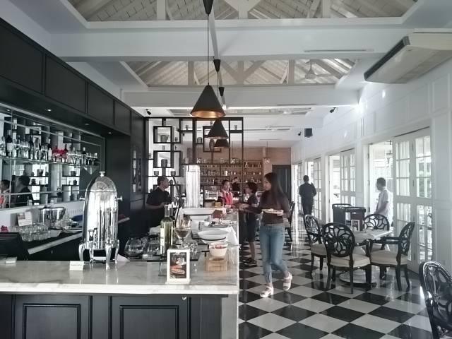 Restoran/Ruang Makan Menumbing Heritage Hotel. Dokumentasi: Sari Novita