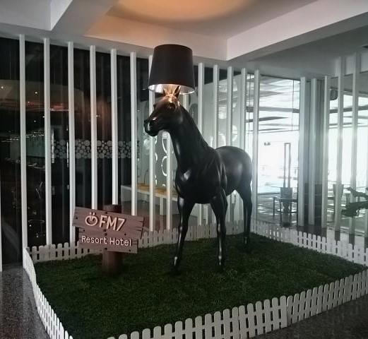 Horse, Resort Hotel FM7