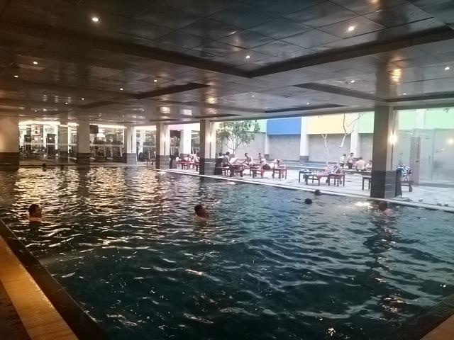 Pool Side at Hotel FM7 by Sari Novita