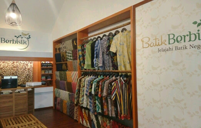 Batik Berbisik, Jamuan Samudra - photo copyright Zata Ligouw http://www.zataligouw.com/